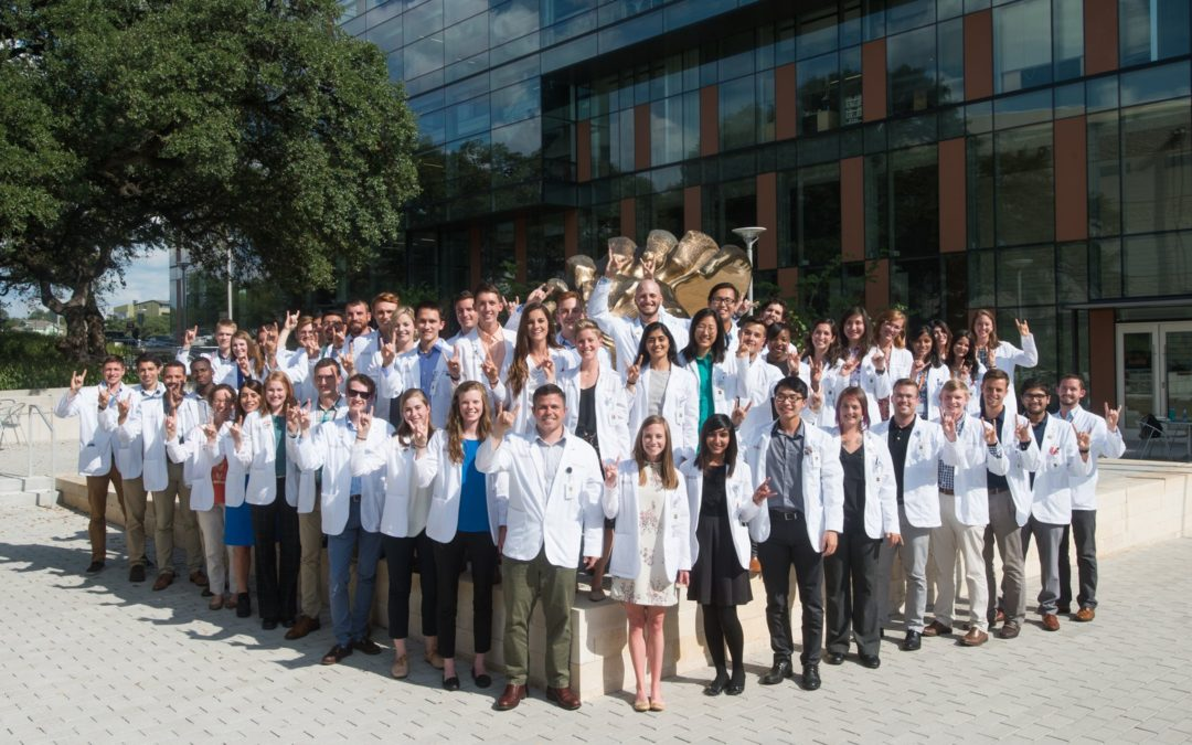 Hogg Foundation Awards $60,000 To Dell Medical School to Support Health Care Workers